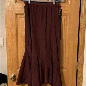 100% cotton ruffle bottom skirt